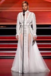 beyonce-2016-grammys-inbal-dror-wedding-gown